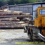 tractor lemne
