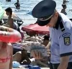 politie_pe_plaja
