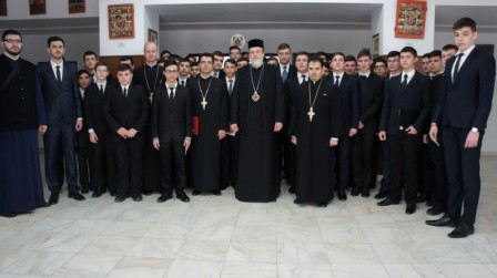 seminaristi-si-PS-Vincentiu-burse-2015